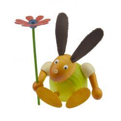 Drechslerei Martin - Hase mit Blume sitzend grün, klein